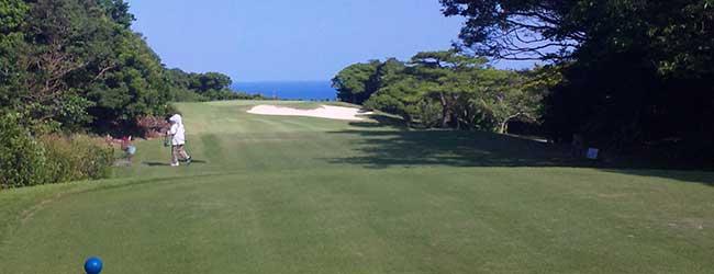 琉球ゴルフ俱楽部南コース2番パー3の風景