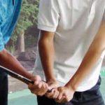 ゴルフを教わる人のイメージ画像