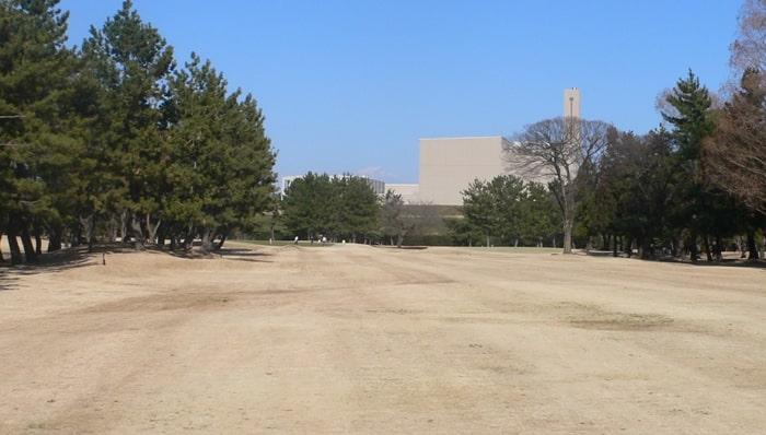 浦和ゴルフ倶楽部INコース12番ホール2打目地点