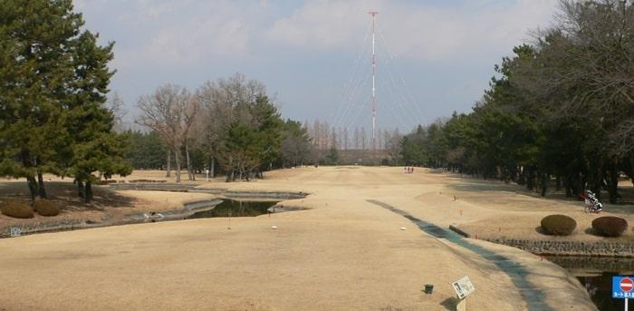 浦和ゴルフ倶楽部OUTコース2番ホール
