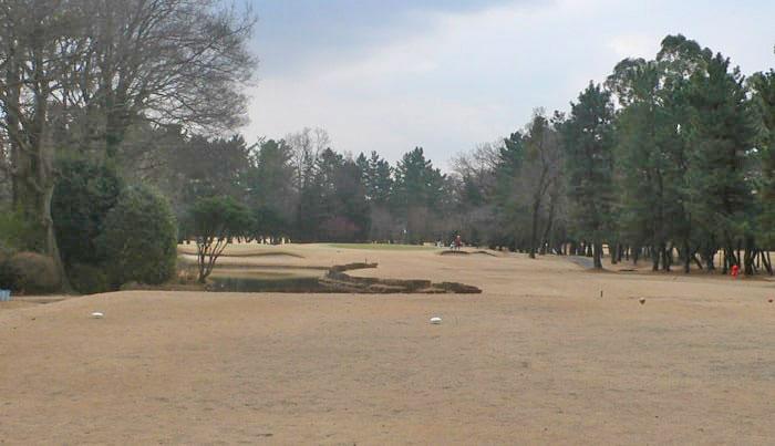 浦和ゴルフ倶楽部OUTコース6番ホール