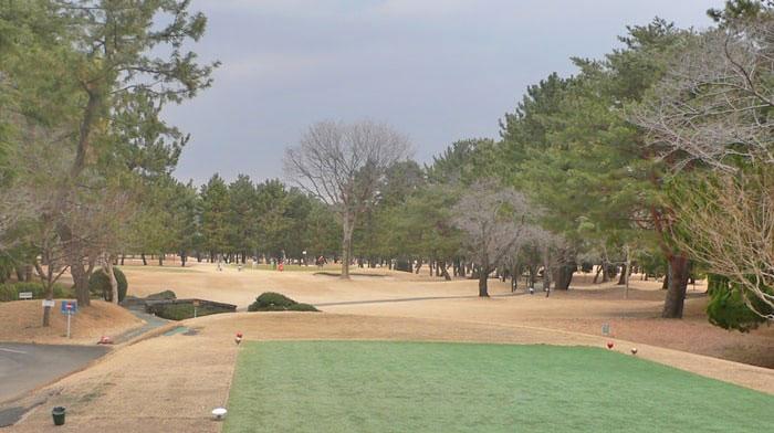浦和ゴルフ倶楽部OUTコース8番ホール