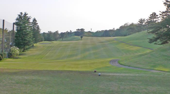 東京国際ゴルフ倶楽部OUTコース7番ホールのコースレイアウト