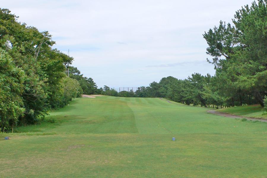 茅ヶ崎ゴルフ倶楽部の3番ホール