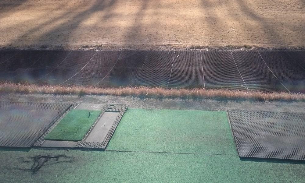 桜ヒルズゴルフクラブ(旧秋山カントリークラブ)の練習マット
