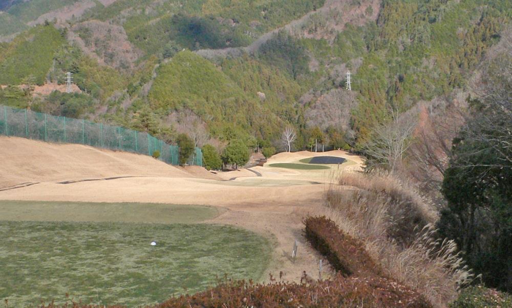桜ヒルズゴルフクラブ(旧秋山カントリークラブ)インコース13番ホール