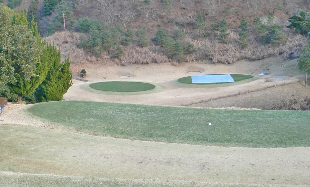 桜ヒルズゴルフクラブ(旧秋山カントリークラブ)アウトコース8番ホール