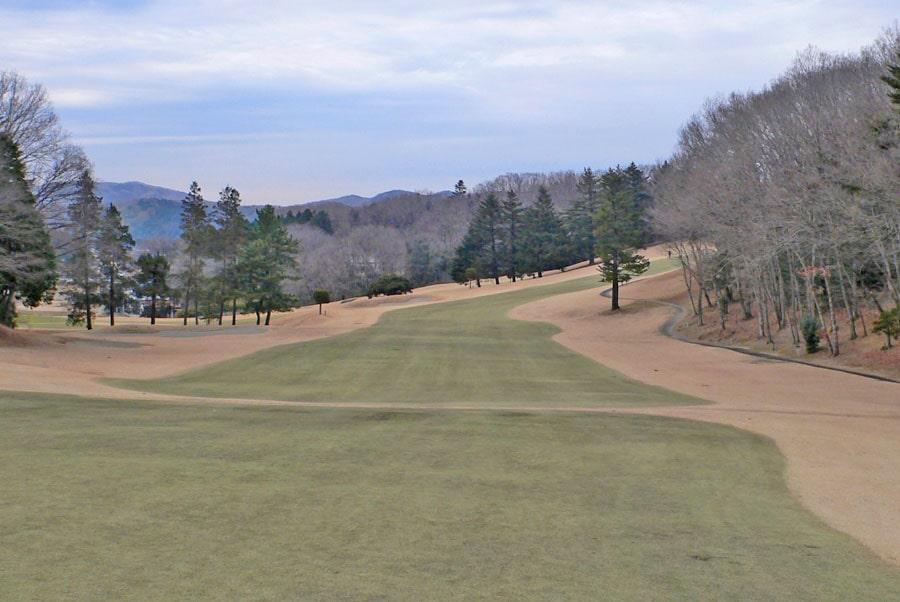 越生ゴルフクラブ INコース15番ホール 2打目地点
