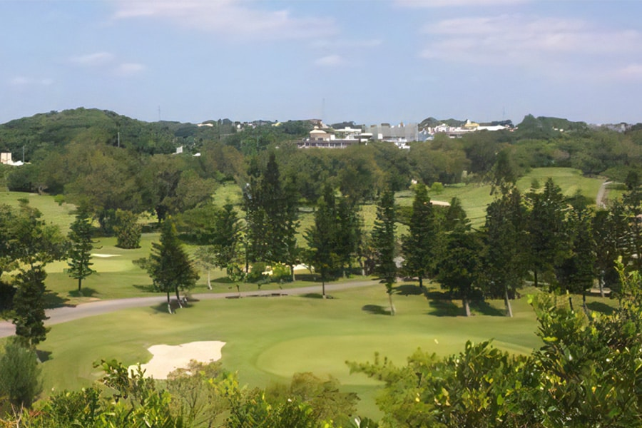 沖縄らしい景観の琉球ゴルフ倶楽部