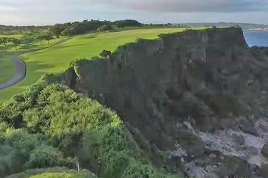 ザ・サザンリンクスゴルフクラブの崖越え名物ホール