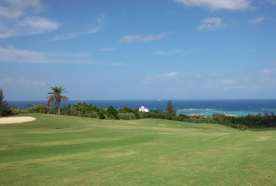沖縄国際ゴルフクラブ デイゴコース1番ホール
